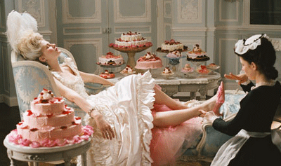 Marie_antoinette_let_them_eat_cake
